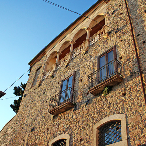 Centro storico, Palazzo Pisapia